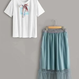 Plus size T-shirt and mesh overlay skirt